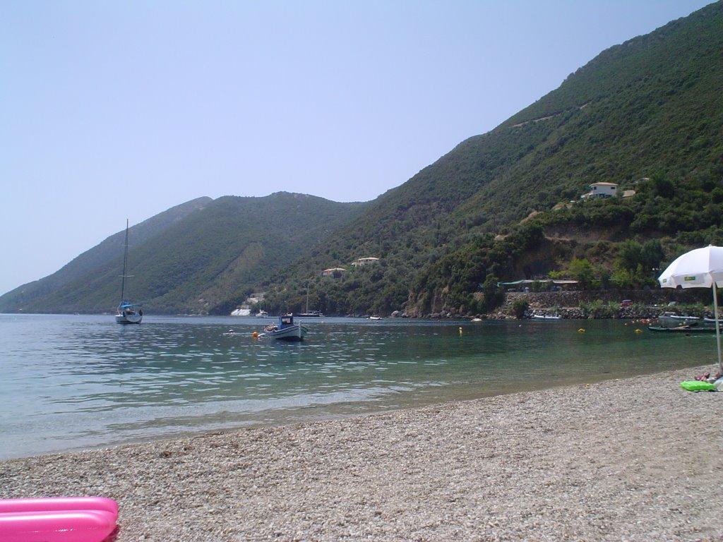 lefkada-beaches-desimi-beach