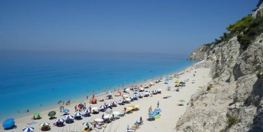 lefkada-beaches-egremni-beach