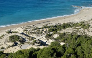 lefkada-beaches-guallos-view-up
