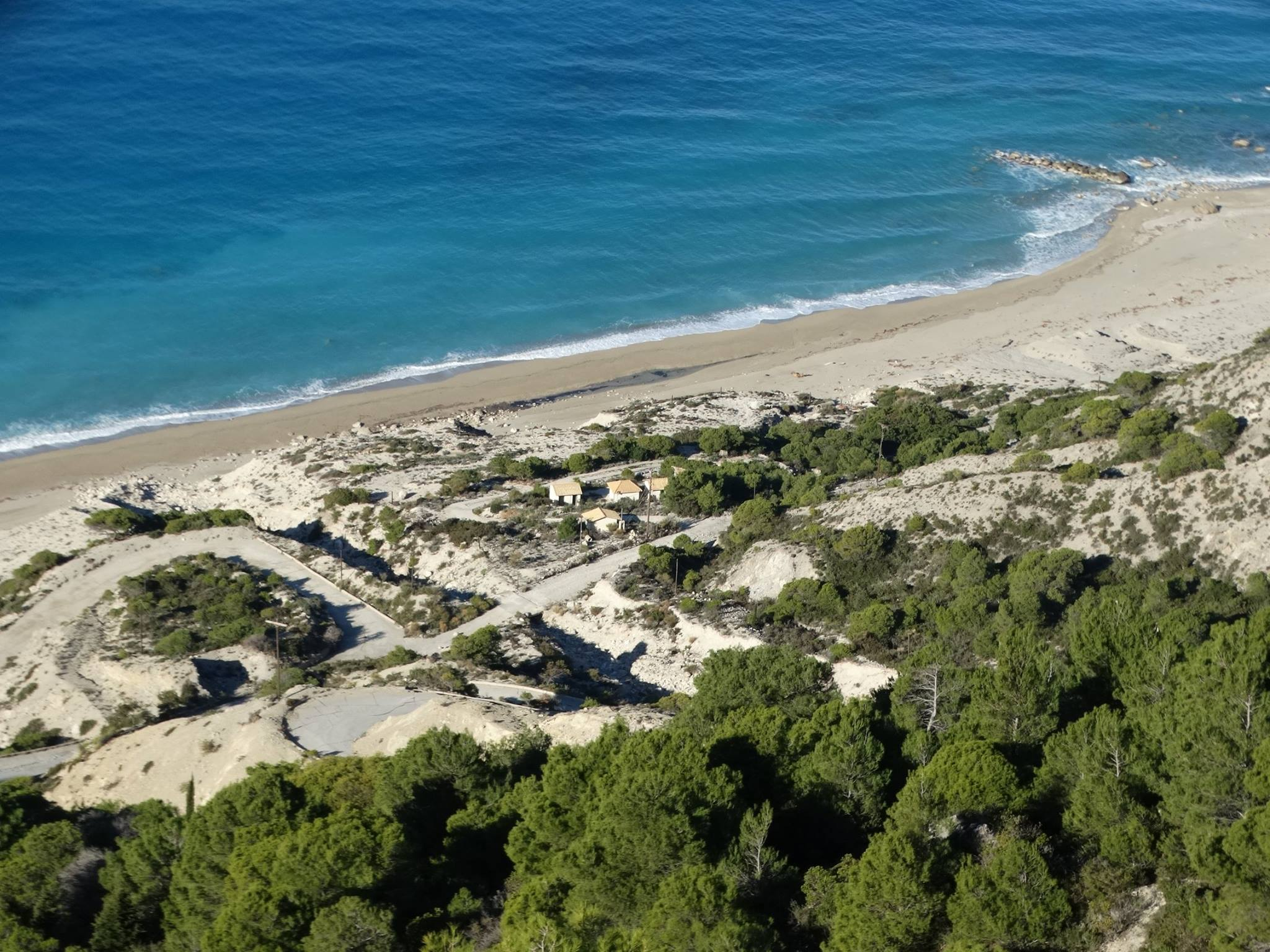 lefkada-beaches-guallos-view-up