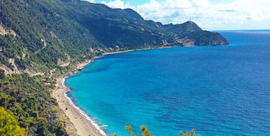 lefkada-beaches-pefkoulia