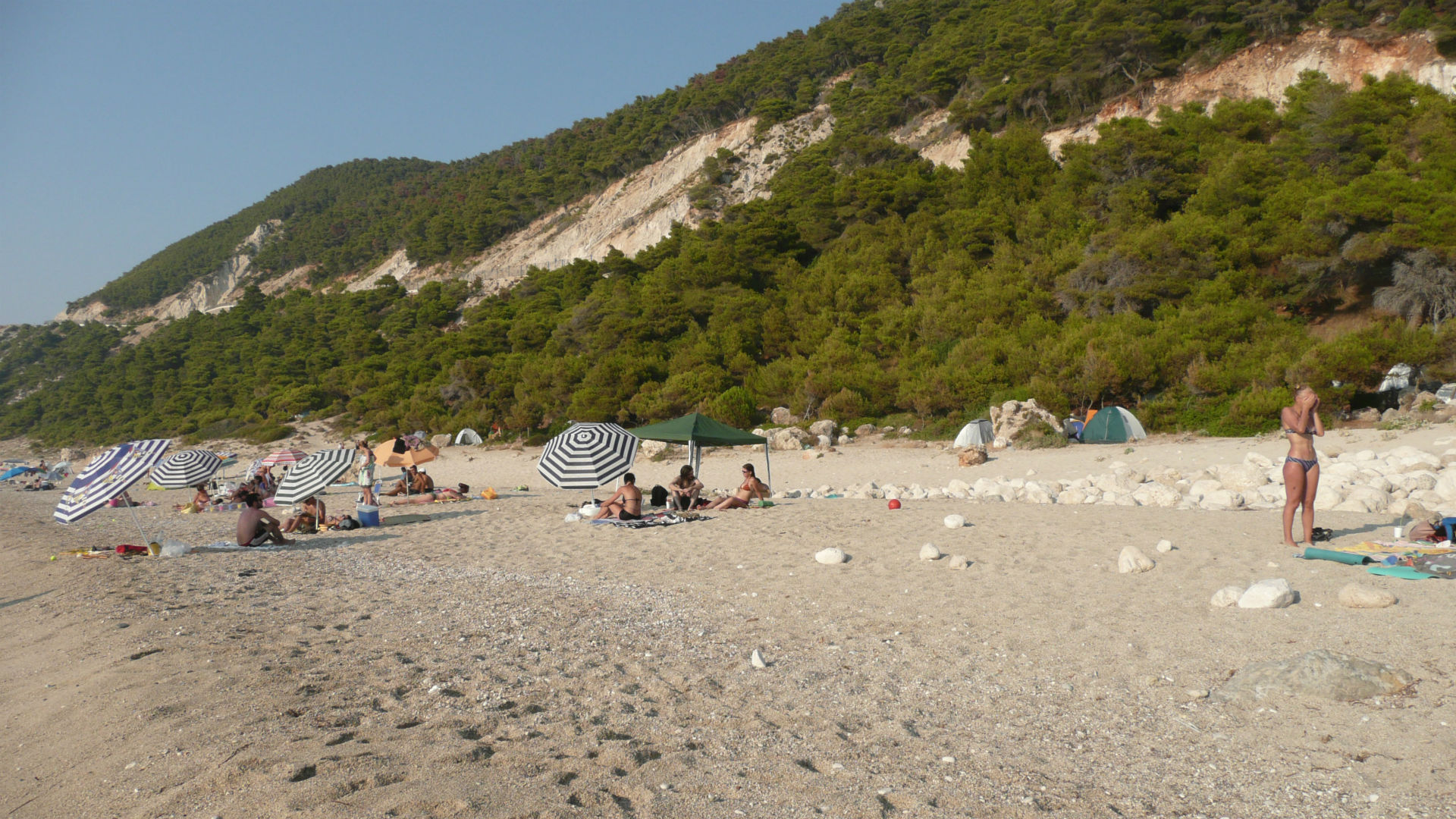 lefkada-beaches-pefkoulia-beach