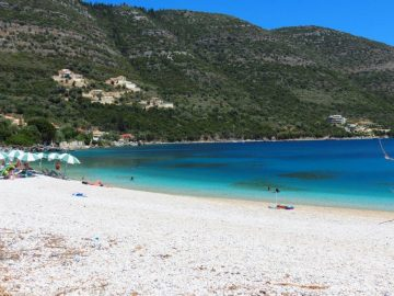 Lefkada beaches Mikros Gialos beach right side