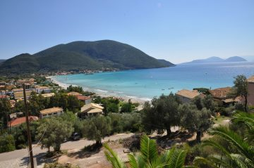 Lefkada beaches Vassiliki beach ponti side